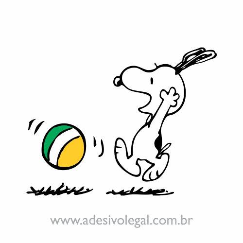 Adesivo - Snoopy Jogando Bola - Colorido
